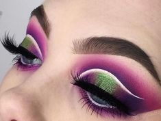 Purple and emerald green cut crease eyeshadow look - June 29 2019 at Cut Crease Eyeshadow, Bright Eyeshadow, Green Eyeshadow, Makeup For Green Eyes, Glitter Eyeshadow, Eyeshadow Looks, Eyeshadow Palette, Eyeshadows, Makeup Palette