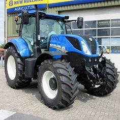 New Holland T7.210 RC Tractor Pictures, New Holland Tractor, Agriculture Farming, Ford Tractors, Logan, Farmall Tractors, Cars, Tools, Tractor