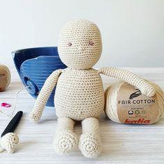 curso básico de crochet para principiantes - Ahuyama Crochet Diy, Teddy Bear, Batman, Ideas, Mermaid Tail Blanket, Cat Ears, Beginner Crochet, Step By Step Instructions, Caps Hats