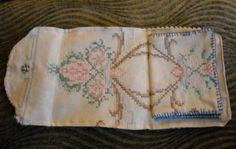 Needle book with vintage fabric - LOVE