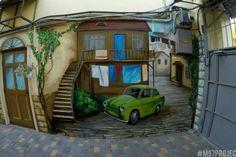 Граффитчики превратили одесский дворик в сказку (ФОТО)