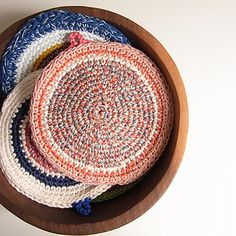 atswim-two-birds potholder for knots by Alessandra Taccia, via Flickr
