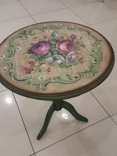 Antique looking furniture redo Decoupage Table, Decoupage Furniture, Hand Painted Furniture, Paint Furniture, Repurposed Furniture, Vintage Furniture, Diy Furniture Renovation, Furniture Makeover, Deco Podge