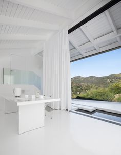 Radiant Silver Screen Glamour Embodied In A House