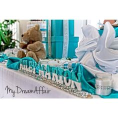 Twins & Co. Babyshower! Tiffany Co Inspired... So spread the word @mydreamaffair today!!! #mydreamaffair #humble #honored #blessed #grateful #thankful #mydreamaffair #centerpiece #diamonds #eventplanning #planner #events #party #graduation #birthday #babyshower