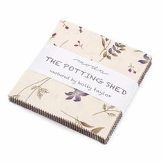 The Potting Shed Charm Pack Holly Taylor for Moda by Jambearies Quilting Frames, Quilting Stencils, Quilting Rulers, Quilting Classes, Quilting Blogs, Quilting Designs, Charm Pack, Square Quilt, Floral Fabric