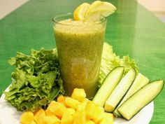 Green Machine - this smoothie can help soothe inflammation and pain.