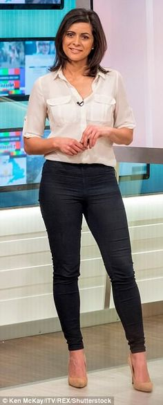 Good Morning Britain's weather girl Lucy Verasamy covered up in trousers on Thursday's show after Richard Madeley's 'creepy' comment about her attire. Itv Weather Girl, Weather Girl Lucy, Fiona Bruce, Gal Gabot, Juicy Lucy, Tv Girls, Office Fashion Women, Women's Fashion, Love Lucy