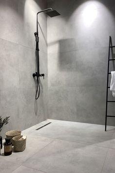 Bathroom decor, Bathroom decoration, Bathroom DIY and Crafts, Bathroom Interior design Grey Bathrooms Designs, Shower Tile Designs, Bathroom Layout, Modern Bathroom Design, Bathroom Interior Design, Bathroom Cabinets, Bathroom Design Inspiration, Bad Inspiration, Design Ideas