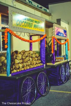 Unique Wedding Catering Ideas for the Big Day – MyPerfectWedding Indian Wedding Food, Wedding Food Menu, Wedding Food Stations, Desi Wedding Decor, Wedding Mandap, Indian Wedding Decorations, Wedding Stage, Wedding Catering, Catering Events