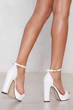 Women High Heels Sandlas Best Toddler Shoes Comfy Shoes Sherwani Shoes With Big Discount Peep Toe Heels, Stiletto Heels, Women's Heels, White Wedge Sandals, White Heels, White Block Heels, Best Toddler Shoes, Most Expensive Shoes, Goth Shoes