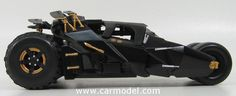 MATTEL HOT WHEELS BMH74 1/18 BATMAN BATMOBILE - BATMAN BEGINS - 2005 Skala:: 1/18Code: BMH74Farbe: MATT BLACKMaterial: Die-CastAnmerkung: TV SERIES