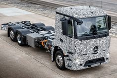 The Urban eTruck is the world's first fully electric big rig – and it's quiet, powerful, and has an admissible total weight of around 29 tons.