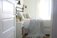Simple Farmhouse Easter Spring Bedroom