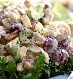 Recipe For Chicken Salad with Grapes Cashews Apples and Fresh Dill - The flavors and textures of this chicken salad are splendid..
