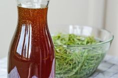 Fir tip syrup Romanian Food, Edible Plants, Spring Recipes, Good Food, Homemade, Bottle, Health, Spreads, Smoothie