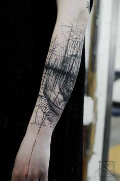 Nikos tattoo Paris - De l'Art ou Du Cochon