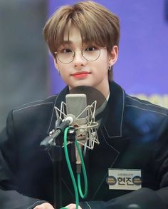 Hyunjin, as my bias wrecker, how can you even- Little Babies, Baby Kids, My Bebe, Idole, My One And Only, Lee Know, Kpop Boy, Lee Min Ho, Boyfriend Material