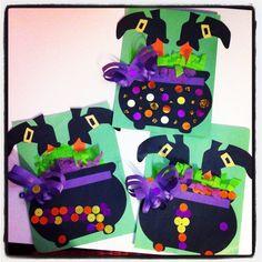 Diy Halloween, Halloween Art Projects, Theme Halloween, Halloween Arts And Crafts, Halloween Crafts For Toddlers, Halloween Activities, Halloween Cards, Holidays Halloween, Daycare Crafts