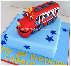 Chuggington Wilson kids birthday cake