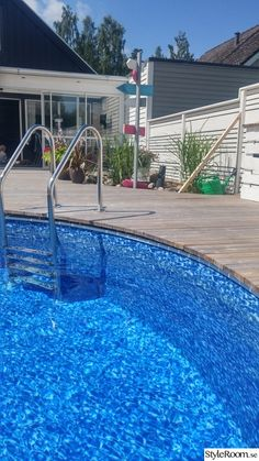 Swimming Pools Backyard, Garden Pool, Pool Landscaping, Backyard Patio, Above Ground Pool Decks, In Ground Pools, Raised Pools, Decks Around Pools, Floating Deck