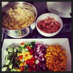 Tuna and pasta with plenty of salad! Slimming world heaven!