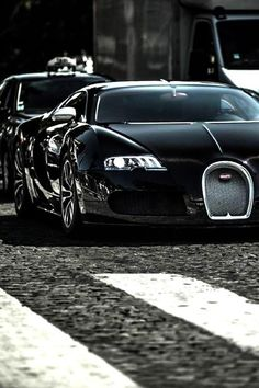 For more cool pictures, visit: http://bestcar.solutions/top-10-supercars-2015-2-bugatti-veyron-super-sport-268-mph