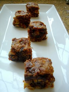 Date Walnut Squares (a. food for the gods) Baking Recipes, Cake Recipes, Dessert Recipes, Dessert Ideas, Flip Recipe, Food For The Gods, Pinoy Dessert, Chocolate Chip Shortbread Cookies, Brownie Bar
