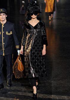 Louis Vuitton|9