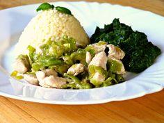 Kuřecí masíčko na pórku, kmíně se špenátem na cibulce, česneku s brokolicí a jako příloha kuskus