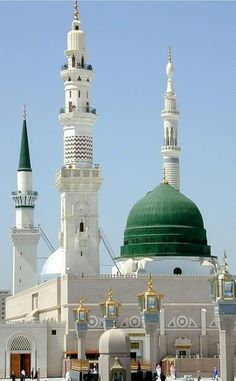 Rauza Rasoolullah s. Masjid Haram, Al Masjid An Nabawi, Mecca Masjid, Mecca Wallpaper, Islamic Wallpaper, Islamic Images, Islamic Pictures, Islamic Quotes, Medina Mosque