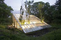 recycled-sutainable-material-greenhouse