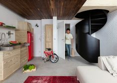 Youthful and Unpretentious Small Apartment