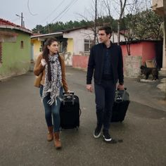 Yaghaz Turkish Men, Turkish Actors, Best Series, Tv Series, Vogue Men, My Only Love, Best Couple, Couple Goals, Actors & Actresses