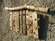 I like the idea of making a slab design, then slicing into sections for this cool wind chime piece. Ceramic Wall Art, Ceramic Decor, Ceramic Clay, Hand Built Pottery, Slab Pottery, Ceramics Projects, Clay Projects, Deco Nature, Clay Tiles
