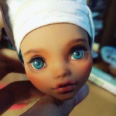 Repaint the Interior of Your Home Monster High Repaint, Monster High Dolls, Doll Eyes, Doll Face, Ooak Dolls, Art Dolls, Raven Queen Doll, Haunted Dolls, Monster High Custom