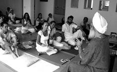 Guia Inspiración y Luz, el rol del consejero espiritual. Taller Con HariNam Singh en Bogota Agosto 2016