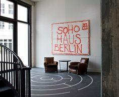 10 Favorites: Indoor Graffiti as Decor
