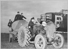 Vintage Tractors, Pilots, Caption, Ministry, Wwii, Monster Trucks, Aircraft, German, Europe