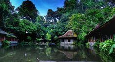 Restoran Keluarga di Lembang - Bandung yang Harus Dikunjungi!  Imah Seniman, Lembang