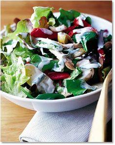 Low FODMAP Roasted chicken & new potato salad -  gluten free  http://www.ibssano.com/low_fodmap_recipe_roasted_chicken_new_potato_salad.html