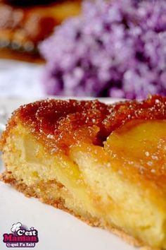 Apple caramel Tatin cake Source by Apple Recipes, Sweet Recipes, Cake Recipes, Dessert Recipes, French Desserts, Köstliche Desserts, Mousse Au Chocolat Torte, Desserts With Biscuits, French Pastries