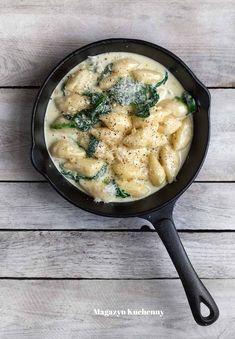 Idealne danie na niepogodę: kopytka z gorgonzolą i szpinakiem Dumplings, Gnocchi, Pesto, Food And Drink, Chicken, Ethnic Recipes, Cubs