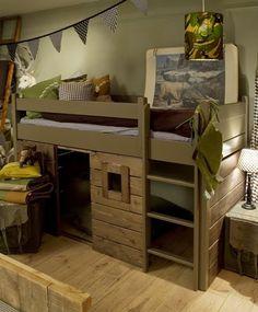 Stoere jongens kamers in blauw met hout | villa d'Esta | interieur en wonen