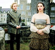 Mary Queen Of Scots, Queen Mary, Toby Regbo Reign, Reign Season 2, Isabel Tudor, Reign Serie, Reign Mary And Francis, Adelaine Kane, Marie Stuart