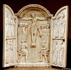 Triptico de marfil proveniente de Constantinopla,Turquia,año 1000  Staatlicke Museum de Berlin