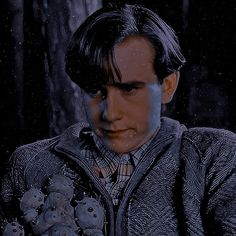 Neville Longbottom, Longbottom Harry Potter, Butterfly Place, Cute Butterfly, Harry Potter Images, Harry Potter Characters, Hogwarts Train, How To Be Single Movie, Matthew Lewis