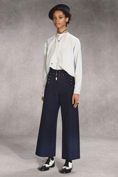 Christian Dior Pre-Fall 2018 Fashion Show Collection