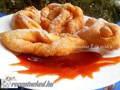 Érdekel a receptje? Kattints a képre! Hungarian Recipes, Onion Rings, Churros, Chicken Wings, French Toast, Food And Drink, Sweets, Cooking, Breakfast