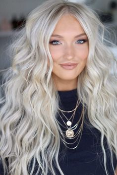 Whether you like just one row to fill things in or that 22 inch mermaid hair, NBR works on multiple hair textures and length. Ice Blonde Hair, Blonde Hair Looks, Platinum Blonde Hair, Summer Blonde Hair, Short Blonde, Blonde Ombre, Ombre Hair, Wavy Hair, Short Hair
